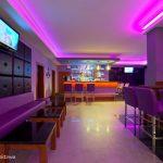 Klub Abses Carens - bar podświetlany