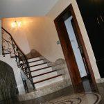 Rezydencja - luksusowa klatka schodowa