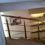 Rezydencja - podswietlane wneki korytarz